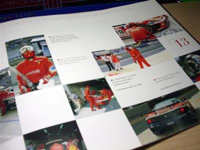 レースシーンの写真がたっぷり。言葉の意味が分からなくても見ているだけで楽しい。