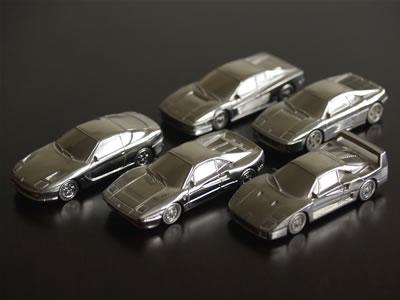 ブラーゴの1/87サイズのフェラーリミニカー達。ボディはメタル。