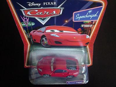 ディズニー・ピクサーの映画『カーズ』のキャラクターカー「フェラーリF430」。これがパッケージ。