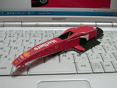 フェラーリF1-2000のペーパークラフト その1