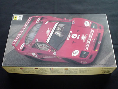 フジミ模型フェラーリ F40(1/24)。イタリアスーパーカー選手権シリーズNo.4 コロンボモデル!