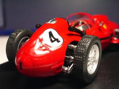 1958年、マイク・ホーソーンはF1世界選手権でドライバーズ・タイトルを獲得した。