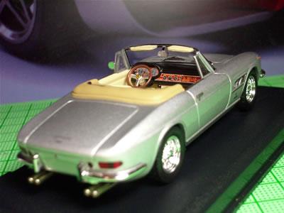 1970年代のスーパーカーブームの時にも目にした覚えがありませんし・・・。ゴメン330GTC。