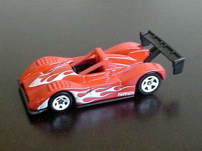 ホットウィールの「フェラーリ333SP」(1/64)スターズ リアウイング歪んでます!