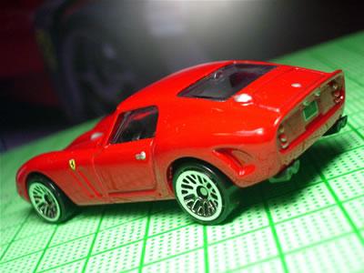 マテルが立て続けに「GTO」2台の新金型です。うれしいですね~。