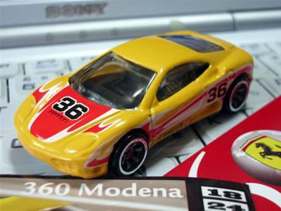 Cアソートのフェラーリ360モデナ。カーナンバーは36。ストライプがかっこいい。