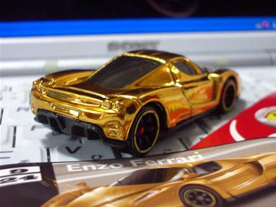 と言いつつも、あとは「ゴールドのF50(No.11)」で「フェラーリGTアソート」はフルコンプです。欲しいです・・・(爆)。
