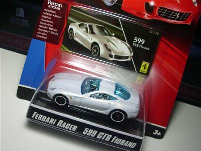 No.11「フェラーリ599GTBフィオラノ」のミニカー