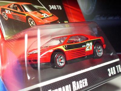 実車の348tb(ts)は1989年の3.4リッターV8モデル。