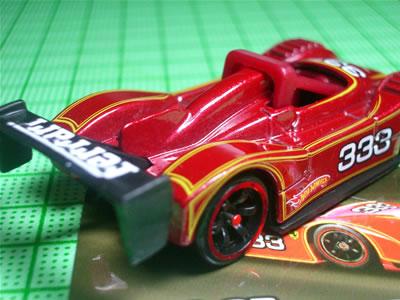 フェラーリ333SPはベーシックカー(1/64)でもバリエーション展開の多いモデルですよね。結構いい出来のキャストだと思います。