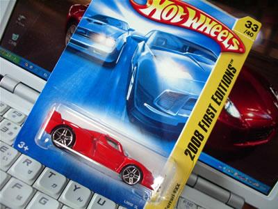 ホットウィールのベーシックカー(1/64サイズ)のFXXですよ! 2008年のFirstEditionですよ!