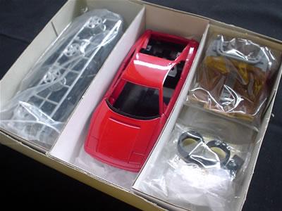 イタレリ フェラーリ 348tb(メタルモデル)1/24 箱の中身