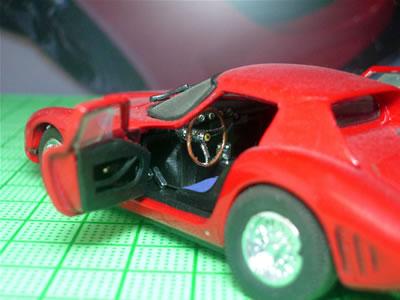 250GTOは年式によってスタイリングも違いますから、各ミニカーメーカーからいろんなモデルが発売されるのは嬉しい限り。