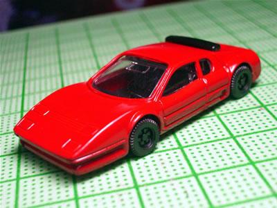 早速、組み立てました。1/87のダイキャストモデルです。