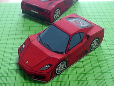 ペーパークラフトのフェラーリF430を作りました。