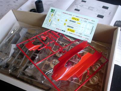 フェラーリ126C2(プロター1/24)プラモデル 箱の中身