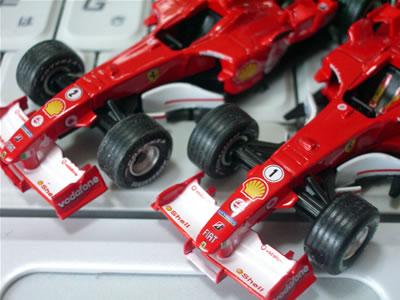サークルK・サンクス限定京商フェラーリミニカー「フェラーリF1コレクション第2弾(1/64)」のフェラーリ「F2005」