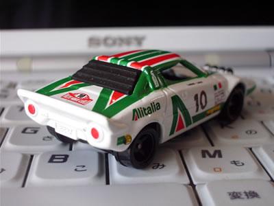 何故、私がストラトスをコレクション対象にしたのかと言うと、フェラーリエンジン(厳密にはディーノエンジン)を搭載しているマシンだから。