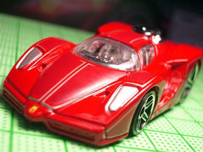 ラインなしの通常版トゥーンドの赤は以前に発売されていた。