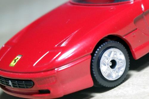 burago_43_ferrari_456gt_red_wheel.jpg