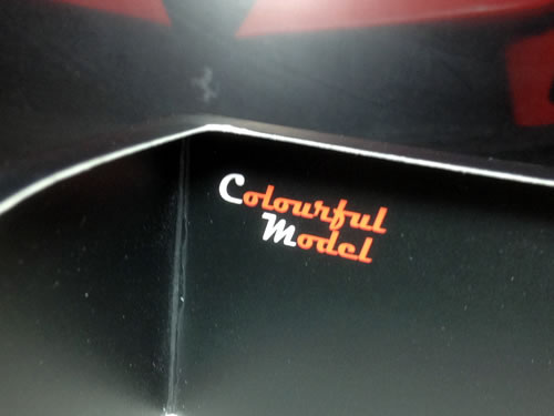 colourfulmodel_ferrari_f12_package.jpg
