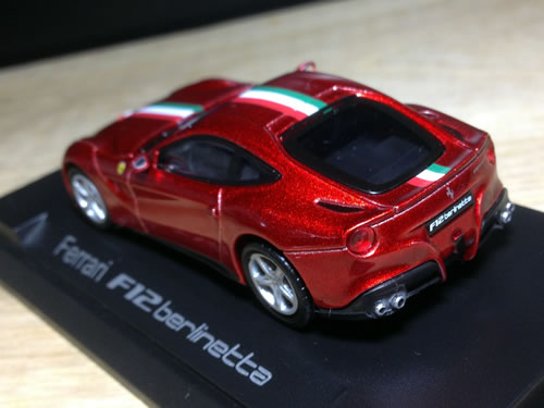 colourfulmodel_ferrari_f12_rear.jpg