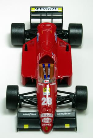 1/43サイズでは貴重な「フェラーリF186」。しかもミケーレ・アルボレートじゃなくてステファン・ヨハンソンってのがまた貴重。