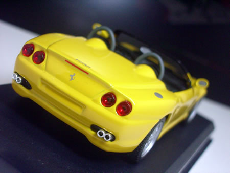 デザインはピニンファリーナ。「550バルケッタ ピニンファリーナ」と呼ばれることもある。