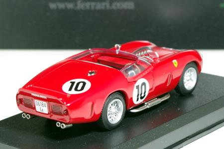 ゼッケン10は1961年ルマン24時間で優勝したマシン。