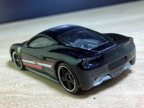 hw_64_458_black_z_line_rear.jpg