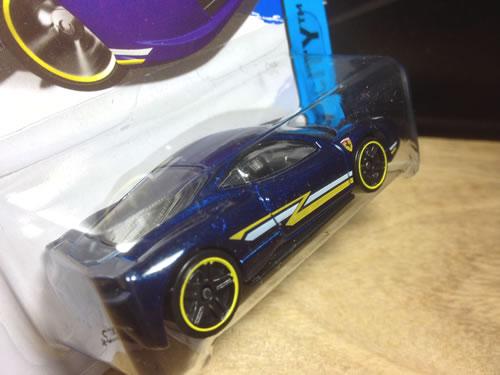 hw_64_458_blue_z_line_rear.jpg