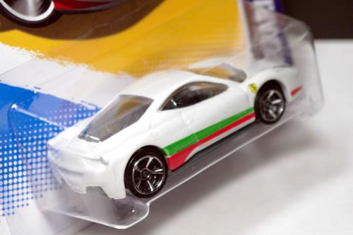 hw_64_458_italian_package_r.jpg