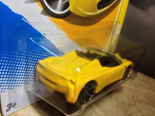 hw_64_458_spider_yellow_rear.jpg
