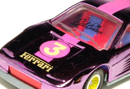 hw_64_testarossa_cal_custom_pink_logo.jpg
