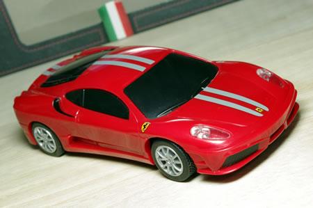 1/38サイズのフェラーリ430スクーデリア。