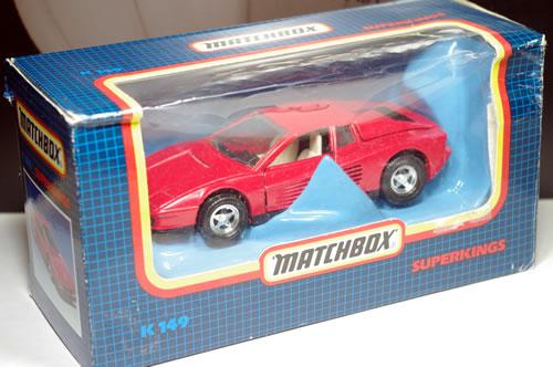 matchbox_32_k149_ferrari_testarossa_package_01.jpg