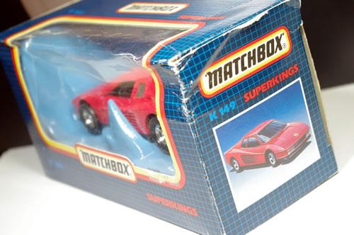 matchbox_32_k149_ferrari_testarossa_package_02.jpg