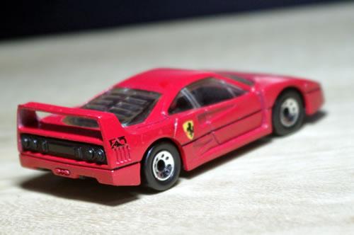 matchbox_59_f40_red_uta_rear.jpg
