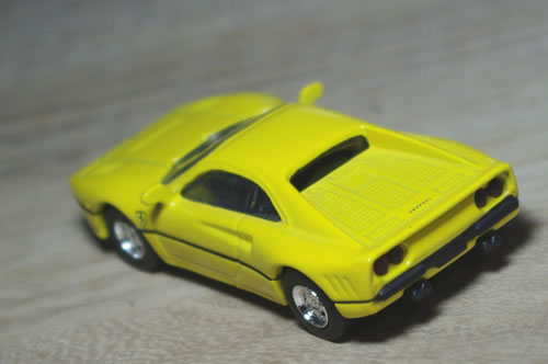 sunkus_ferrari7neo_288gto_yellow_rear.jpg