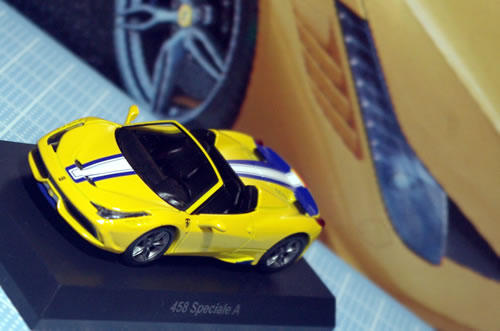 sunkus_ferrari_11_458speciale_a_yellow_front.jpg