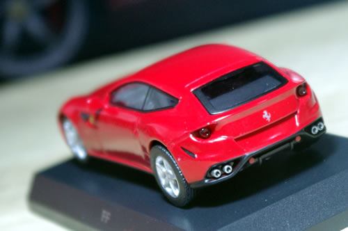 sunkus_ferrari_9_ff_red_rear.jpg