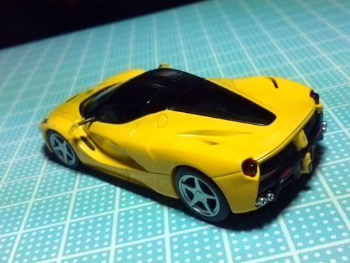 sunkus_ferrari_9_laferrari_yellow_04.jpg