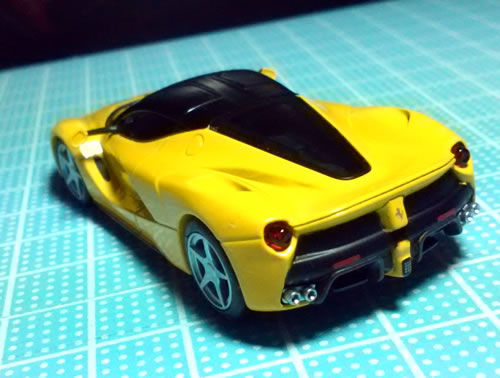 sunkus_ferrari_9_laferrari_yellow_05.jpg