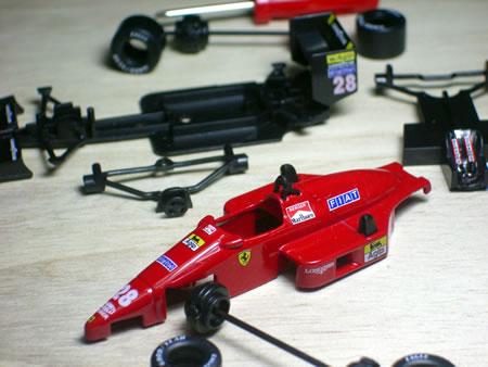 サークルK・サンクス限定京商フェラーリミニカー「フェラーリF1コレクション第2弾(1/64)」のフェラーリF187