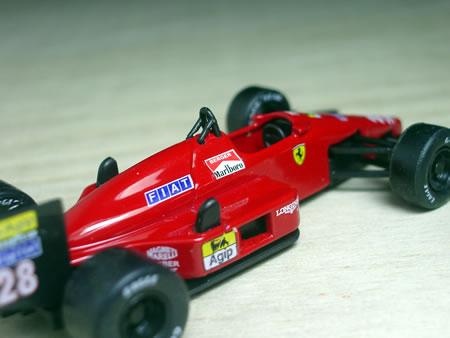 1987年のF1グランプリを戦ったマシンですね。初開催の日本GP(鈴鹿)でベルガーが見事に優勝!しかも、フェラーリにとって1985年のドイツGP以来、2年ぶりの勝利! ナイスです! ベルガー!!