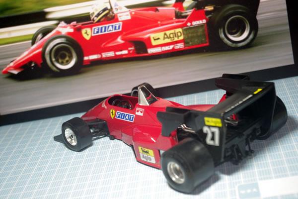 burago_24_ferrari_126c4_rear.jpg