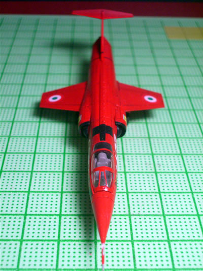 06_ftoys144_f104starfighter_ferrari_upper.jpg