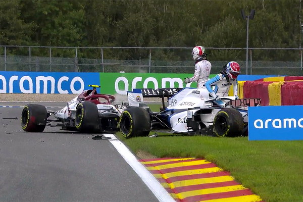 2020_rd_07_belgiangp_crash.jpg