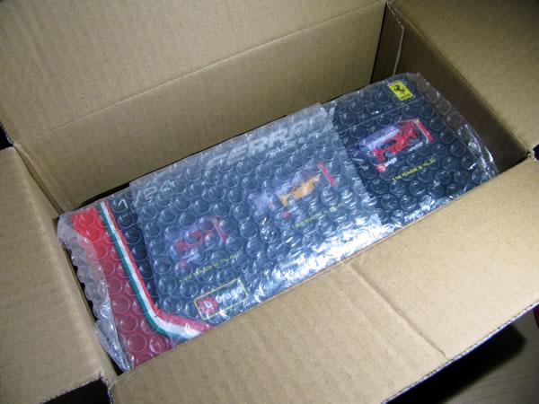 burago_24_f12tdf_package_04.jpg