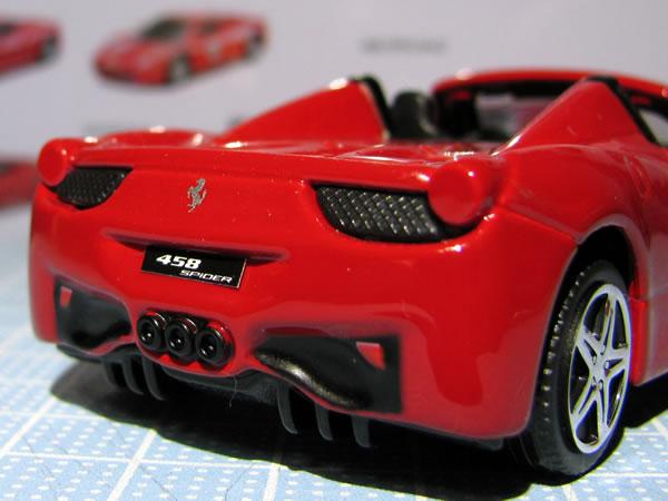 burago_race_play_43_458spider_rear_up.jpg